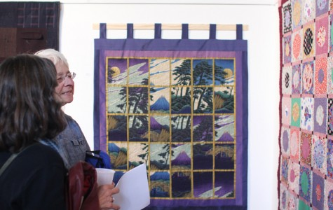 Quilt art exhibition attracts community