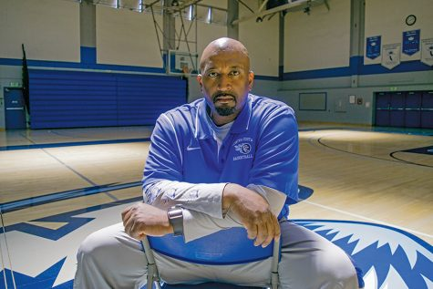 Johnson earns coaching award