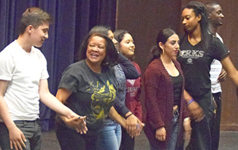 Open house highlights acting skills, invites aspiring thespians