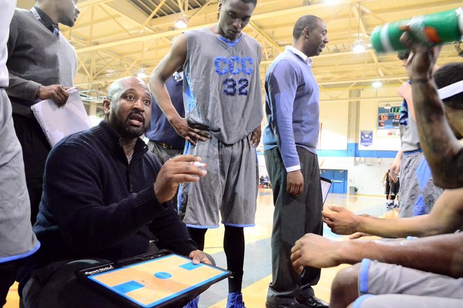 Men's basketball team edge Storm