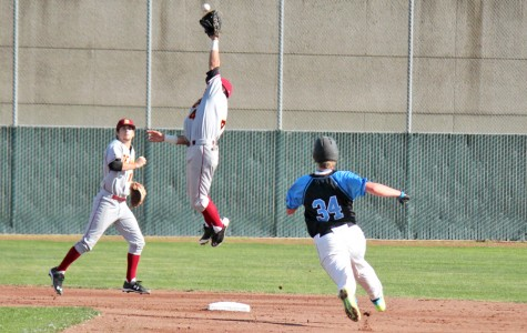 Comets suffer eighth inning collapse