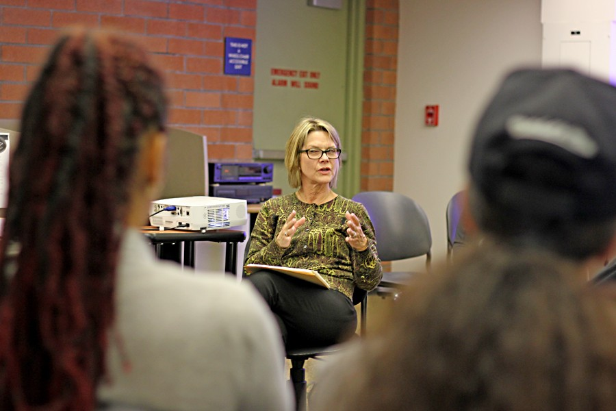 English+assistant+professor++Heather+Roth+speaks+to+students+during+%E2%80%9CThe+Unfinished+Women%E2%80%99s+Stories+in+The+Things+They+Carried%E2%80%9D+panel+discussion+in+the+Media+Lab+at+the+Library+and+Learning+Resource+Center+on+Thursday.+
