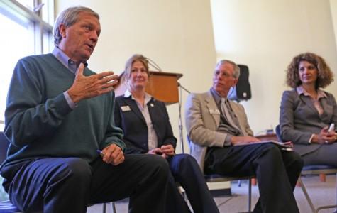 Democratic congressman pushes educational reform