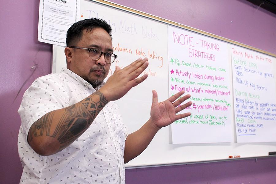 Mathematics professor Edward Cruz presents note-taking strategies to his Math Jam cohort in AA-103 on Jan. 21.