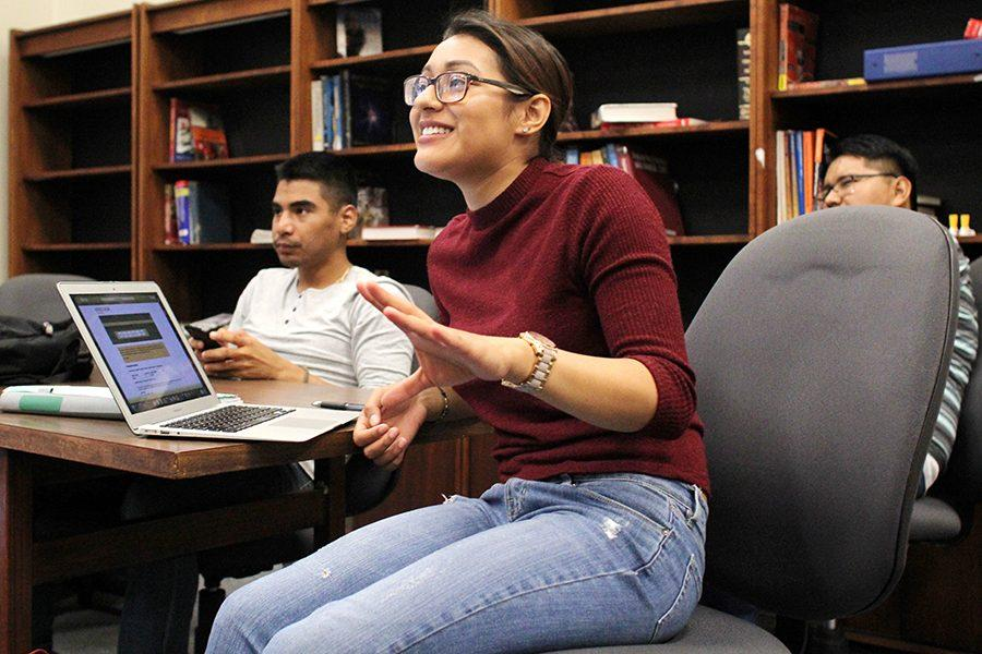 Computer+science+major+Marcella+Navas+makes+several+announcements+during+the+SHPE+meeting+on+Sept.+1+in+PS-107.