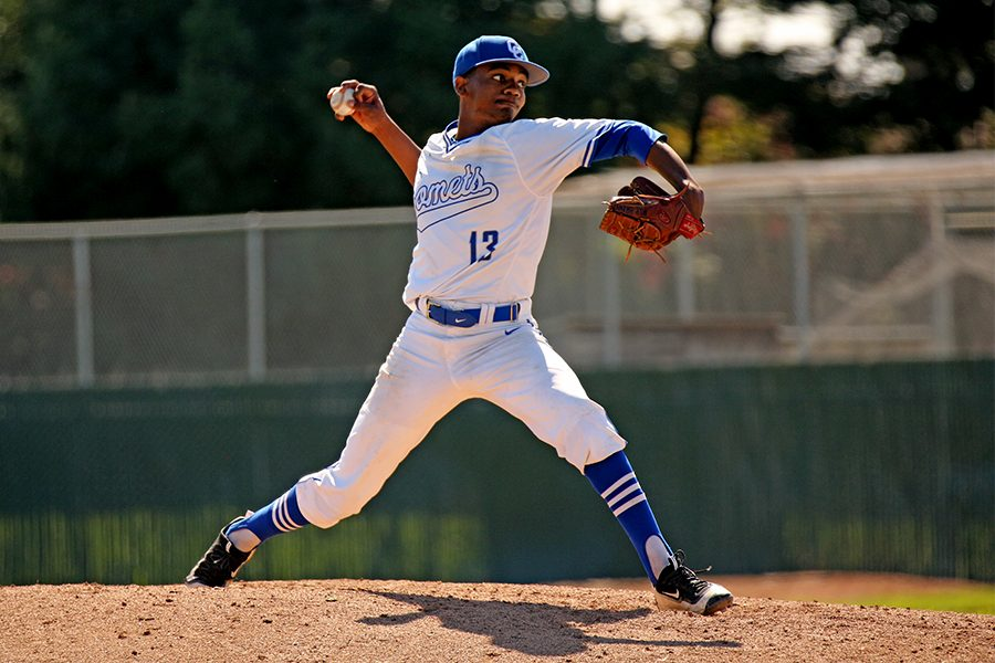 Comet+pitcher+Jayson+Summers+throws+during+CCC%E2%80%99s+6-0+win+against+Yuba+College+at+the+Baseball+Field+on+March+11.+Rain+delays+have+forced+the+Comets+to+cancel+many+of+their+home+games+during+conference+play.