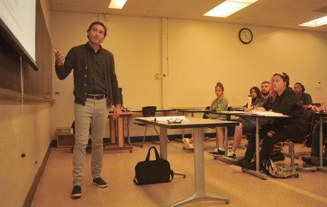 Philosophy professor Michael Kilivris lectures during a class in the Biological Sciences Building Room 8 on Aug. 14.