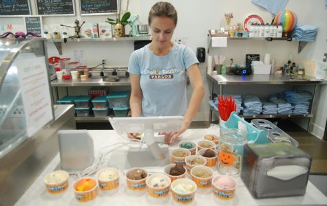 Alternative cookie dough parlor serves up varied, tasty nibbles