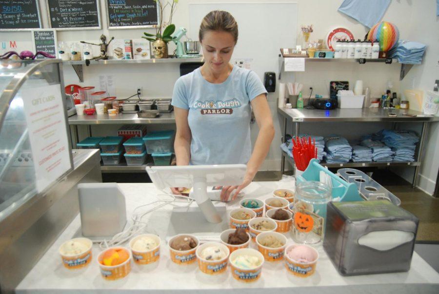 Alternative+cookie+dough+parlor+serves+up+varied%2C+tasty+nibbles