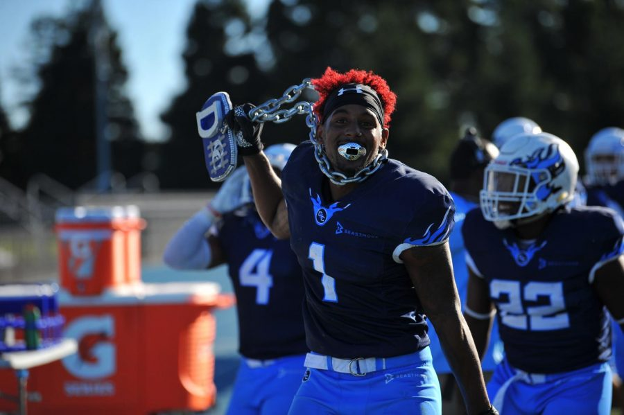 Comet+defensive+back+Dayvonne+Greenwood++celebrates+after+forcing+a+fumble+and+recovering+the+ball+from+Merced+College+on+Saturday.+