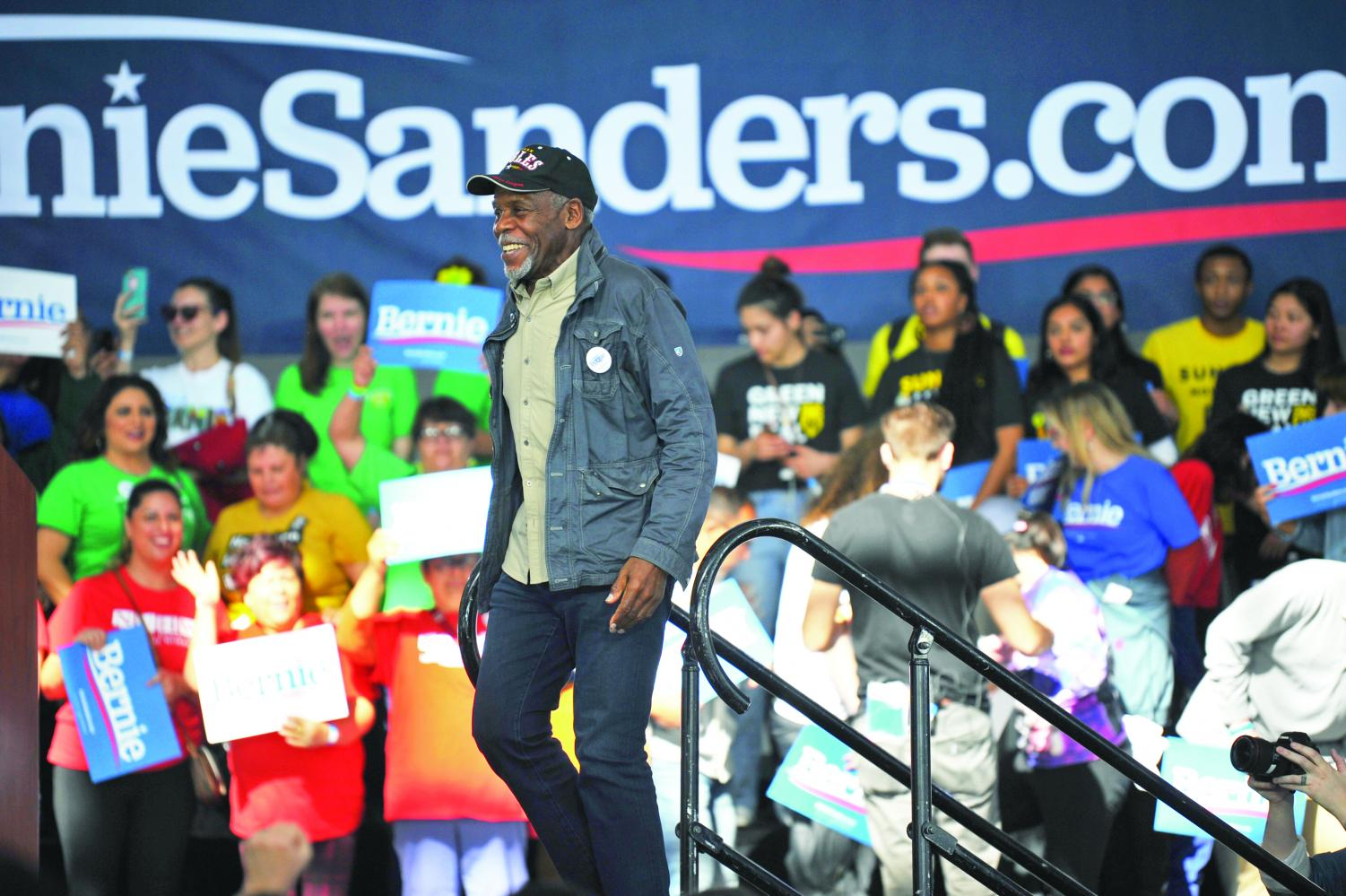 Activist+Danny+Glover%2C+one+of+many+speakers+on+hand+at+a+campaign+rally+for+Bernie+Sanders+on+Monday%2C+walks+onto+the++rally+platform+to+introduce%0ASanders+to+the+crowd+at+Richmond%E2%80%99s+Craneway+Pavilion.+